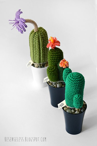 Crochet cactus, Cactus and Clay pots on Pinterest