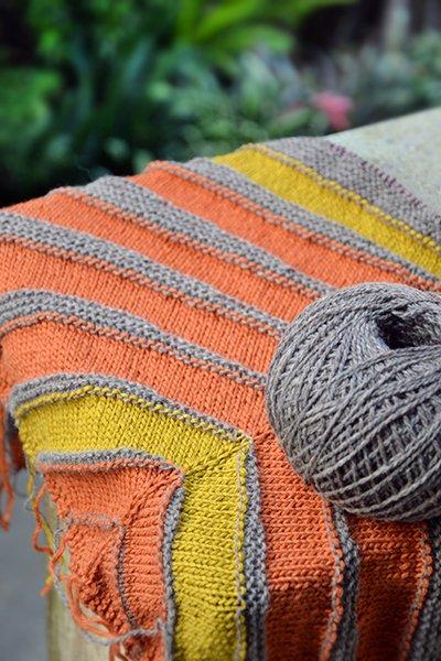 pterotactyl shawl - besenseless.blogspot.com