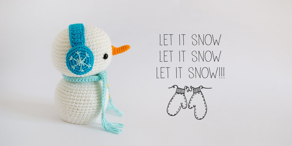 Amigurumi snowman from the book Amigurumi winter wonderland by airali