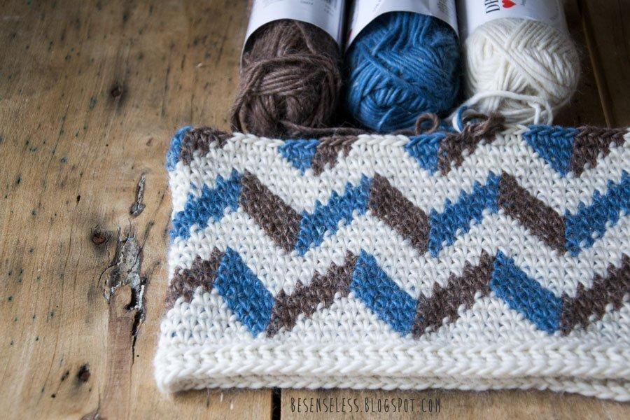 Zigzag pattern with tapestry crochet - Motivo a zig zag con lavorazione ad uncinetto jaquard
