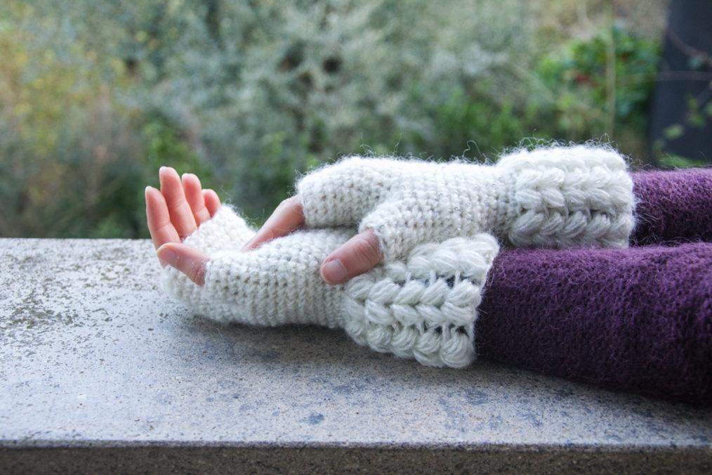 Brina, guanti senza dita all'uncinetto, schema gratuito