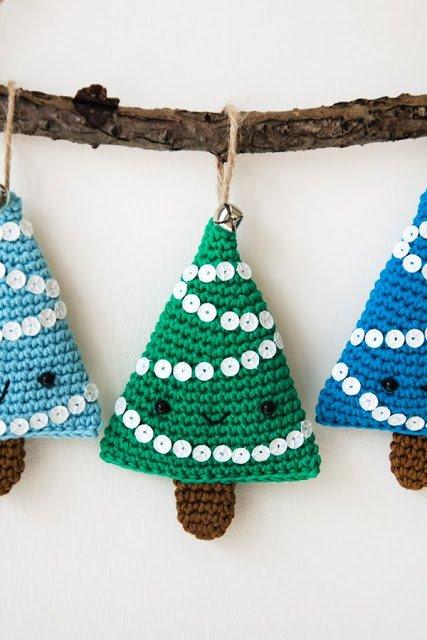 Amigurumi christmas tree - free pattern - Albero di natale a uncinetto - schema gratuito