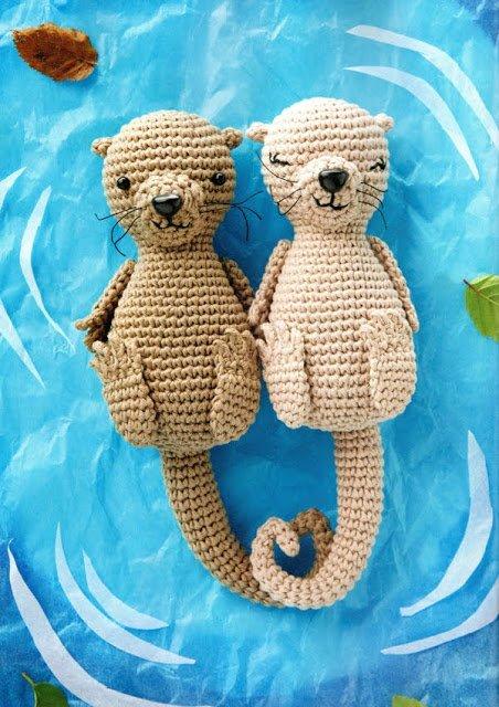 Festeggiare San Valentino con le Lontre all'uncinetto - St Valentines day with amigurumi otters
