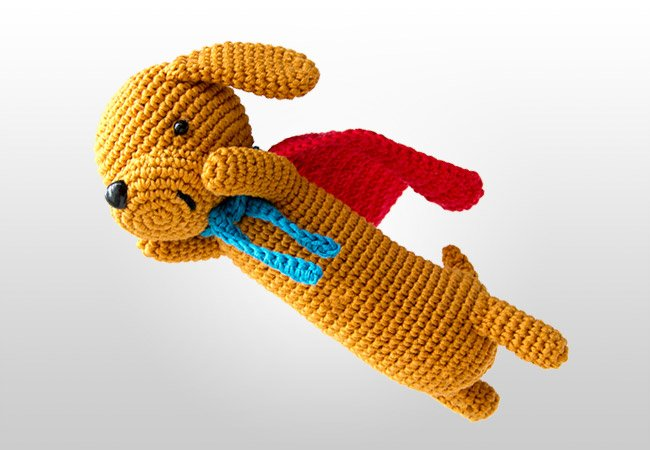 Super sausage amigurumi pattern for a dachshund with a cape. Crochet design by Ilaria Caliri - Airali design