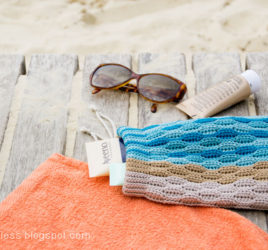 crochet drawstring bag with waves pattern