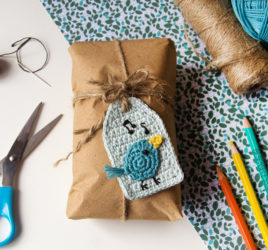 nightingale bird gift tag - crochet pattern