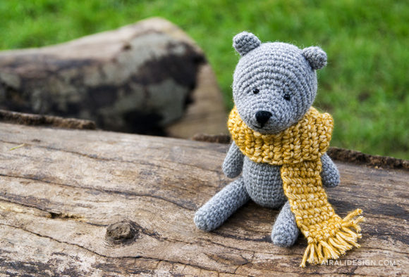 Teddy bear with scarf - orsetto con sciarpa