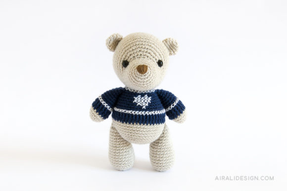 amigurumi bear with jumper crochet pattern