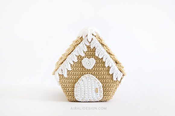 amigurumi gingerbread house crochet pattern