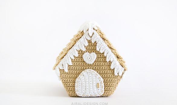 casetta di pan di zenzero amigurumi decorazione natalizia schema uncinetto