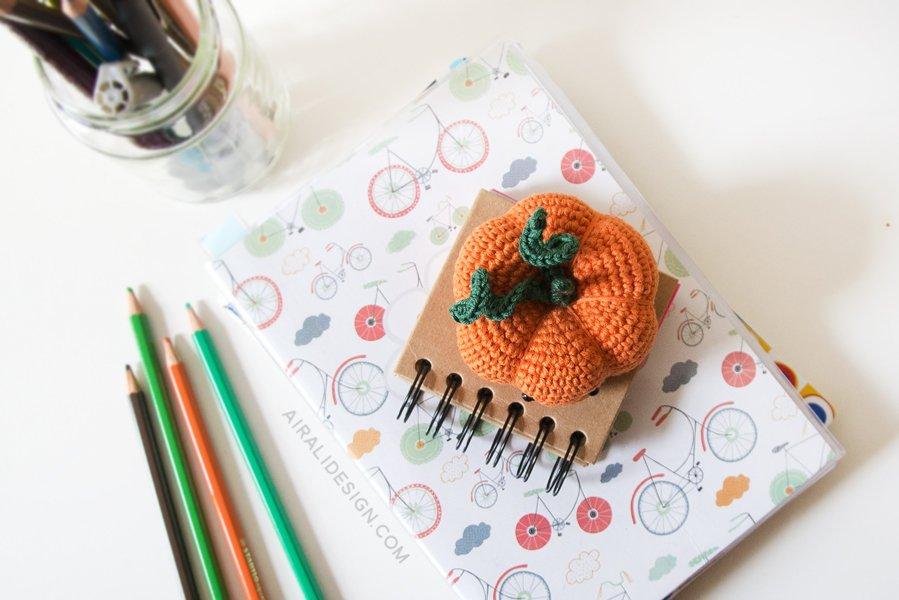 amigurumi pumpkin free crochet pattern for halloween decoration or pincushion by airali design