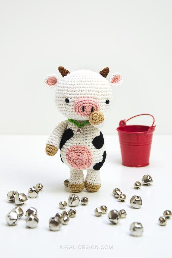 Anita la mucca amigurumi