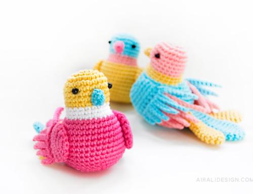 Un trio di uccellini multicolore nel numero 80 di Mollie Makes