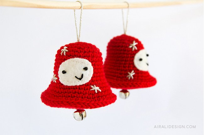 Amigurumi Christmas Jingle Bell crochet pattern in Amigurumi Winter Wonderland book by Ilaria Caliri