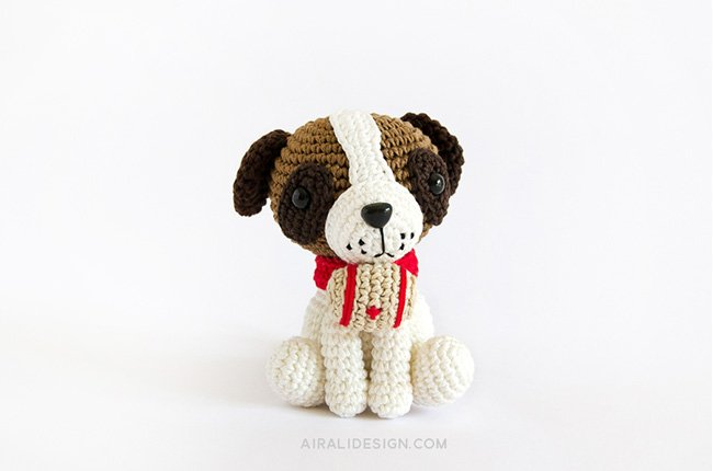 Saint Bernard dog with barrel and red collar crochet pattern in Amigurumi Winter Wonderland book by Ilaria Caliri