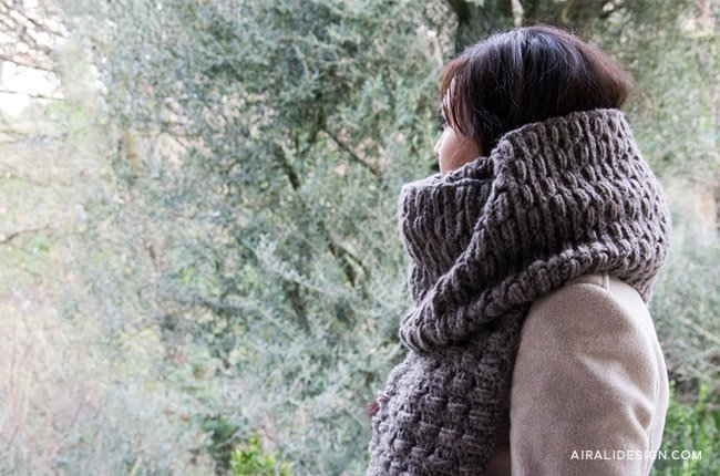 Marmotta scarf, crochet pattern by Airali design