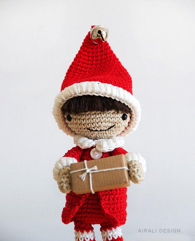 Elfo aiutante di Babbo Natale amigurumi - schema uncinetto