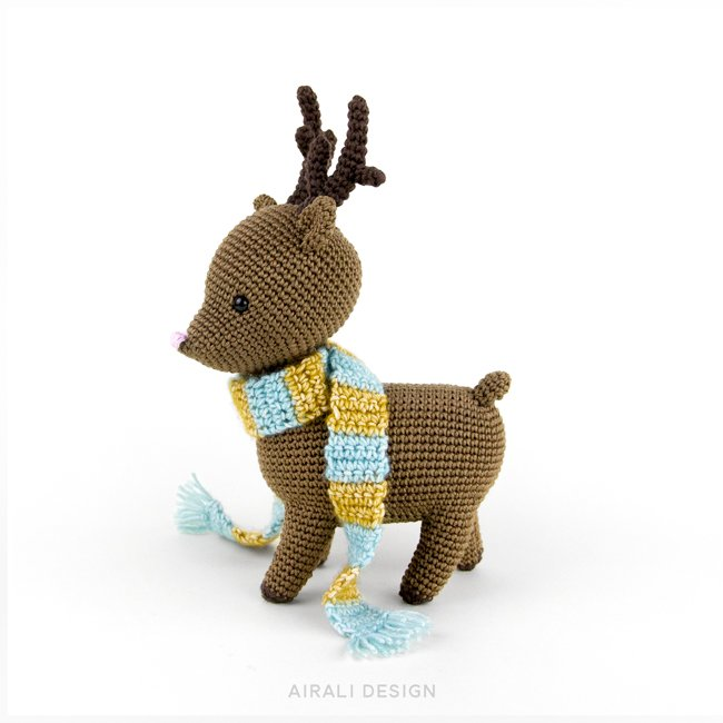 Noel the Amigurumi Reindeer - crochet pattern in PDF | Airali