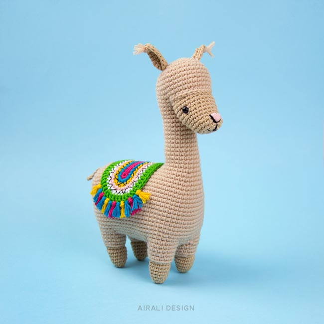 Lonzo the Amigurumi Llama - Crochet Pattern by Airali design