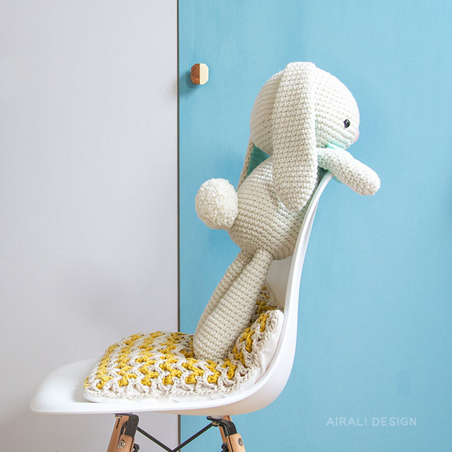 crochet) Pt1: How To Crochet an Amigurumi Rabbit - Yarn Scrap ... | 650x650
