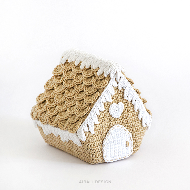 Nordic Gigerbread House - Crochet Pattern by Airali design