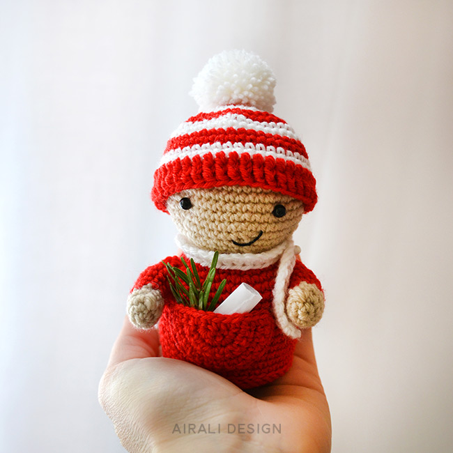 Amigurumi Little Christmas Elf - Crochet Pattern by Airali design