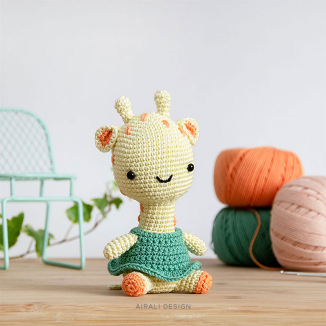 Gill the Amigurumi Giraffe - Crochet Pattern by Airali design