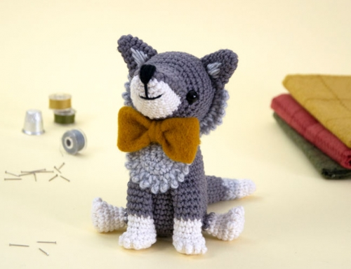 Italo the Wolf and the Amigurumi World Tour