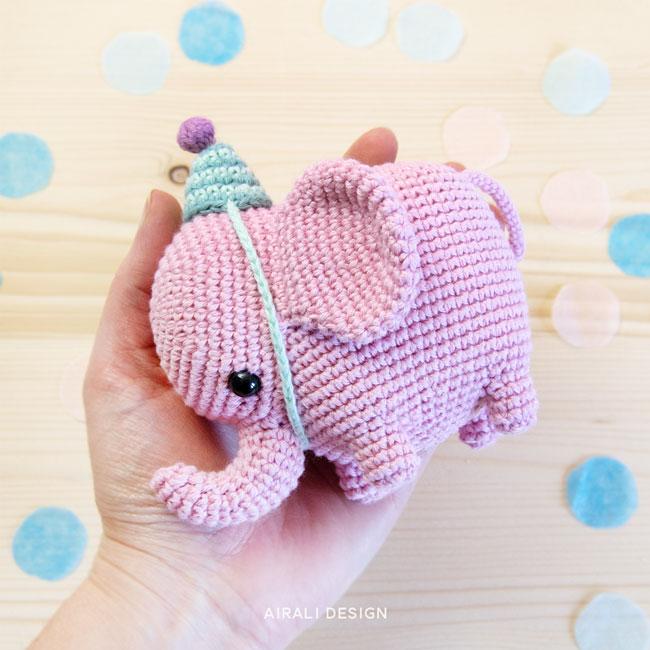 Elvie elefante amigurumi - schema in PDF per elefantino rosa a uncinetto con cappellino